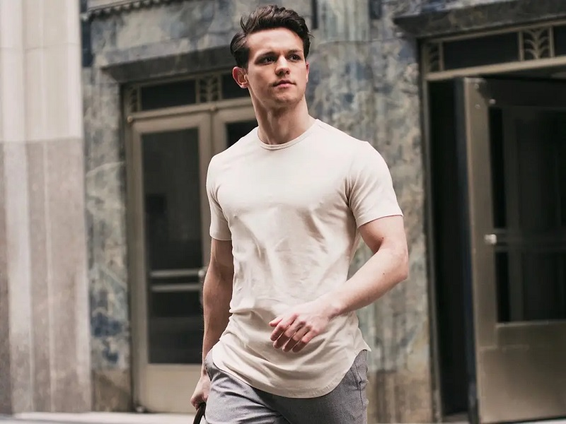 A Complete Guide on The Best Men's T-Shirts