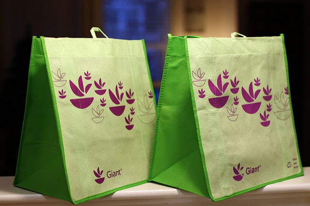Enjoy Positive Effects on Brand with Custom Bags